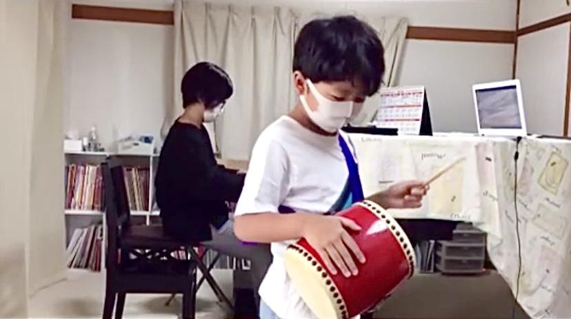 🏝「沖縄風ハノン」に生徒さん、夢中‼️